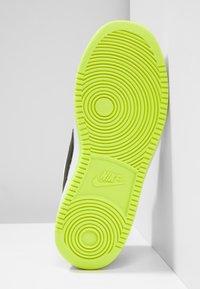 Nike Sportswear - COURT BOROUGH - Sneaker low - white/black/wolf grey/anthracite/volt - 5