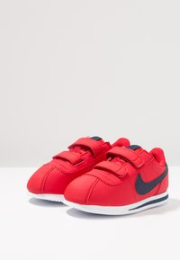 Nike Sportswear - CORTEZ BASIC  - Sneakersy niskie - university red/obsidian/white - 3
