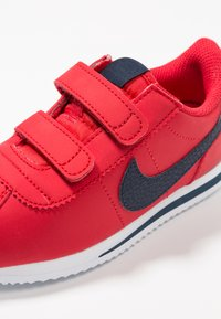 Nike Sportswear - CORTEZ BASIC  - Sneakersy niskie - university red/obsidian/white - 2