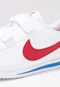 Nike Sportswear - CORTEZ BASIC  - Baskets basses - white/prism pink/spark - 5