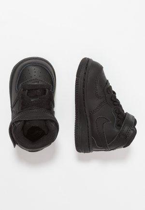 NIKE FORCE 1 MID (TD) - Baskets montantes - black
