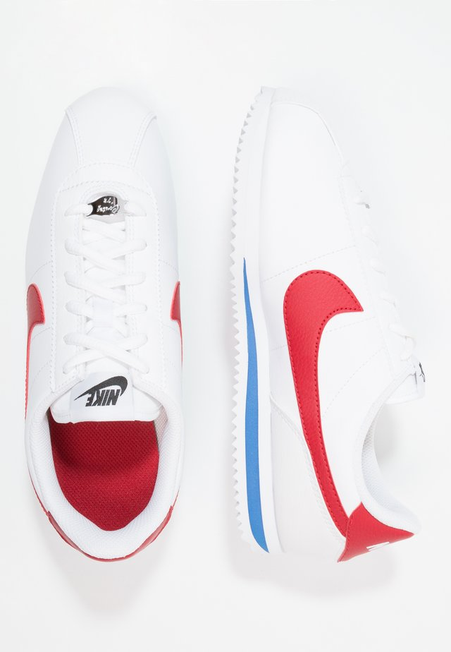 CORTEZ BASIC  - Sneakersy niskie - white / varsity red