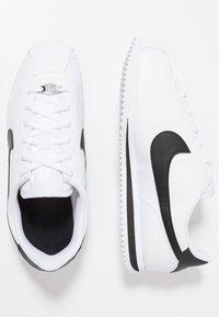 Nike Sportswear - CORTEZ BASIC  - Zapatillas - white/black - 0