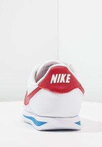 Nike Sportswear - CORTEZ BASIC - Zapatillas - white/varsity royal/black/varsity red - 4