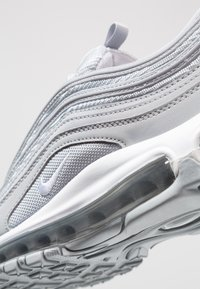 Nike Sportswear - AIR MAX 97 - Zapatillas - wolf grey/white/metallic silver - 2