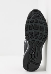 Nike Sportswear - AIR MAX 97 - Sneakersy niskie - black/white/anthracite - 4