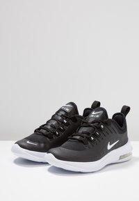 Nike Sportswear - AIR MAX AXIS - Sneakers basse - black/white - 3