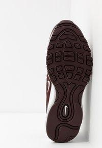 Nike Sportswear - AIR MAX 97 - Zapatillas - el dorado/white/metallic silver - 5