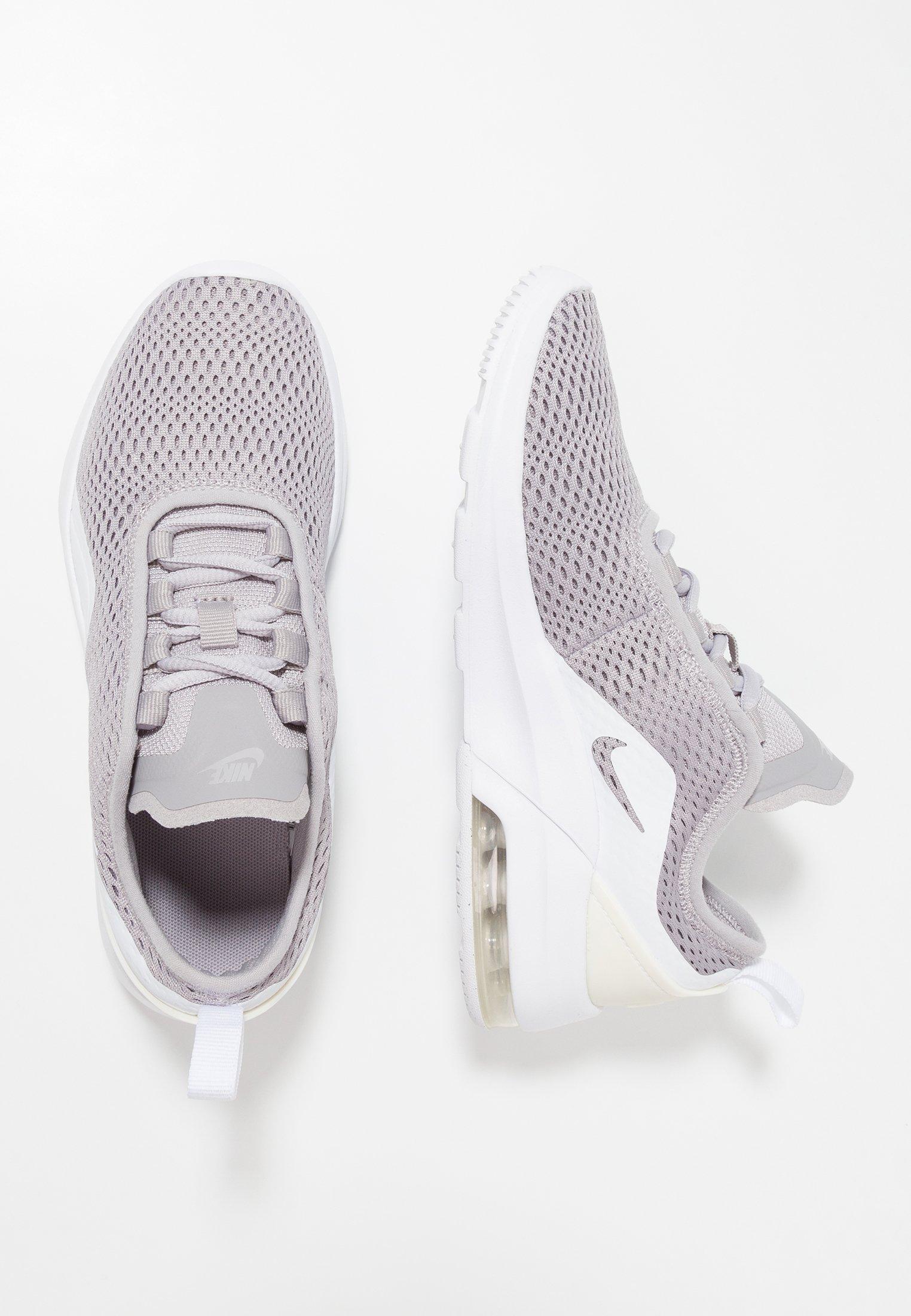 AIR MAX MOTION 2 Sneakersy niskie atmosphere greywhite