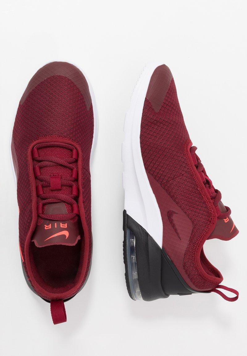 Nike Sportswear - AIR MAX MOTION 2 - Tenisky - team red/bright crimson/black/white/night maroon