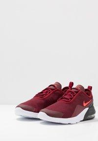 Nike Sportswear - AIR MAX MOTION 2 - Tenisky - team red/bright crimson/black/white/night maroon - 3