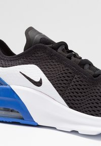 Nike Sportswear - AIR MAX MOTION 2 - Tenisky - black/game royal/white