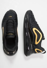 Nike Sportswear - AIR MAX 720 - Sneakers laag - black/mtetallic gold - 0