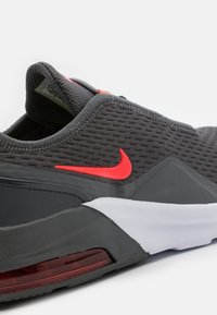 Nike Sportswear - AIR MAX MOTION 2 - Instappers - iron grey/bright crimson/limelight/white - 5