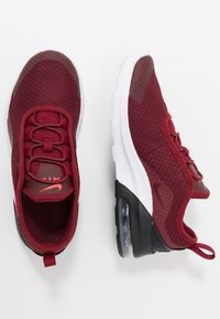 Nike Sportswear - AIR MAX MOTION 2 - Nazouvací boty - team red/bright crimson/black/white - 0