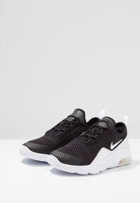 Nike Sportswear - AIR MAX MOTION 2 - Slipper - black/white - 3