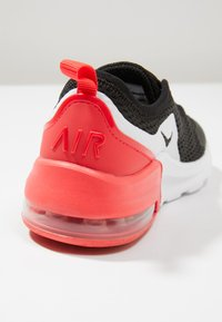 Nike Sportswear - AIR MAX MOTION 2 - Loafers - black/red orbit/white - 2