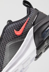 Nike Sportswear - AIR MAX MOTION 2 - Scarpe senza lacci - black/flash crimson/university gold/psychic purple - 2