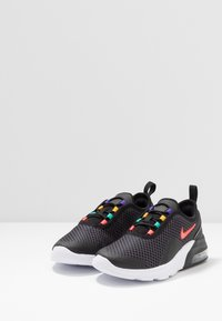 Nike Sportswear - AIR MAX MOTION 2 - Scarpe senza lacci - black/flash crimson/university gold/psychic purple - 3