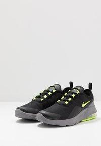 Nike Sportswear - AIR MAX MOTION 2 - Scarpe senza lacci - black/volt/gunsmoke - 3