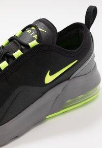 Nike Sportswear - AIR MAX MOTION 2 - Scarpe senza lacci - black/volt/gunsmoke - 2