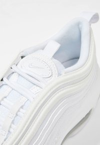 Nike Sportswear - AIR MAX 97 - Sneakers basse - white/silver - 5
