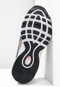 Nike Sportswear - AIR MAX 97 - Joggesko - monsoon blue/flash crimson - 4
