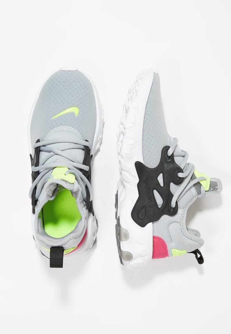 Nike Sportswear - REACT PRESTO - Sneaker low - wolf grey/black/rush pink/volt