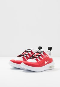 Nike Sportswear - AIR MAX AXIS - Sneakers basse - university red/white/black - 3