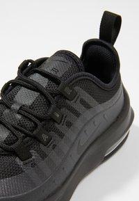 Nike Sportswear - AIR MAX AXIS - Sneakers laag - black - 2