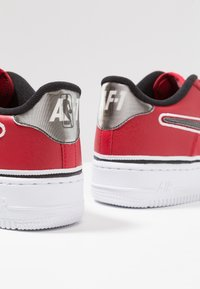 Nike Sportswear - AIR FORCE 1 SPORT  - Baskets basses - varsity red/black/white - 6