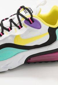 Nike Sportswear - AIR MAX 270 REACT - Sneakers laag - black/bicycle yellow/teal tint/violet star - 2