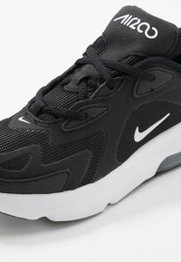 Nike Sportswear - AIR MAX 200 - Trainers - black/white - 2
