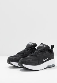 Nike Sportswear - AIR MAX 200 - Trainers - black/white - 3