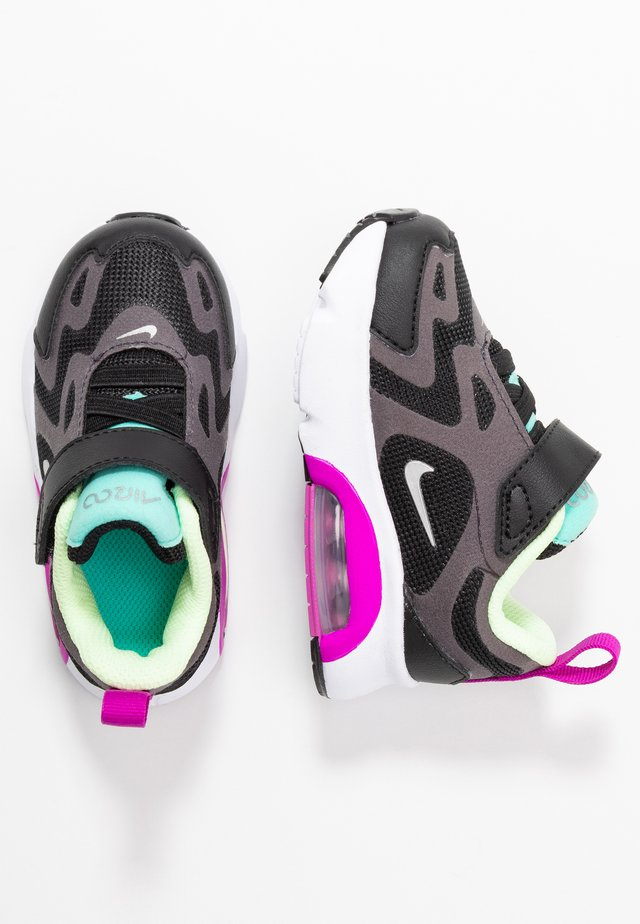 AIR MAX 200 - Matalavartiset tennarit - black/metallic silver/thunder grey/aurora green-hyper violet/barely volt