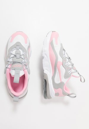 AIR MAX 270 RT - Sneakersy niskie - white/pink/light smoke/grey/metallic silver
