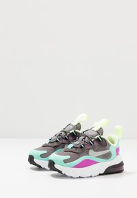 Nike Sportswear - AIR MAX 270 RT - Sneakers basse - gunsmoke/reflect silver/aurora green/hyper violet - 3