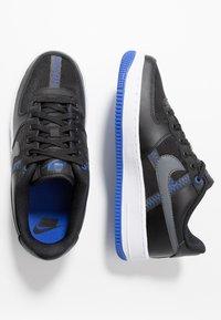 Nike Sportswear - AIR FORCE 1 LV8 - Baskets basses - black/dark grey-racer blue-mystic navy-white - 0