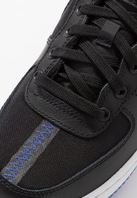 Nike Sportswear - AIR FORCE 1 LV8 - Baskets basses - black/dark grey-racer blue-mystic navy-white - 2
