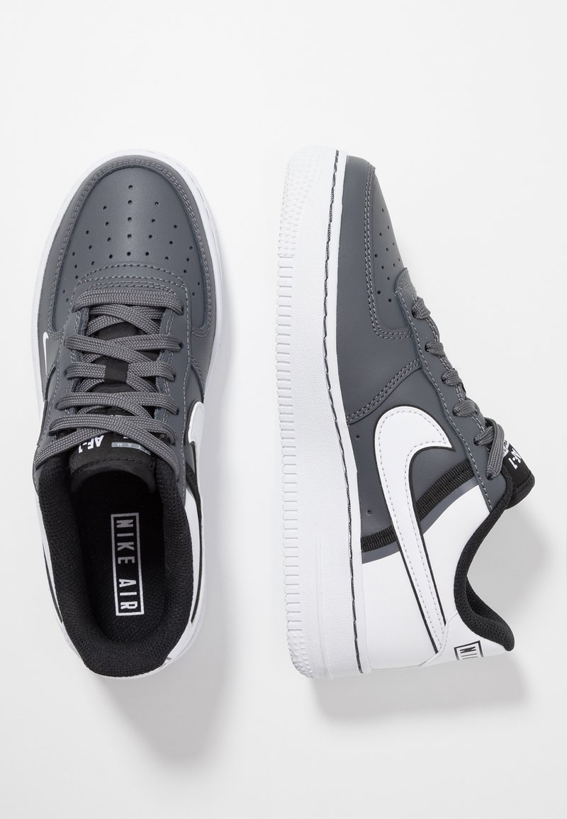 Nike Sportswear - AIR FORCE 1 LV8  - Matalavartiset tennarit - dark grey/white/black