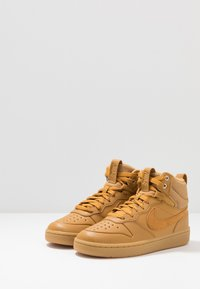 Nike Sportswear - COURT BOROUGH MID  - High-top trainers - wheat/medium brown - 3
