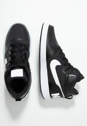 COURT BOROUGH MID - Zapatillas altas - black/white