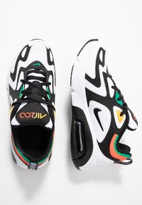 Nike Sportswear - AIR MAX 200 - Baskets basses - white/black/bright crimson/university gold - 0
