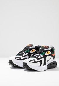 Nike Sportswear - AIR MAX 200 - Baskets basses - white/black/bright crimson/university gold - 3