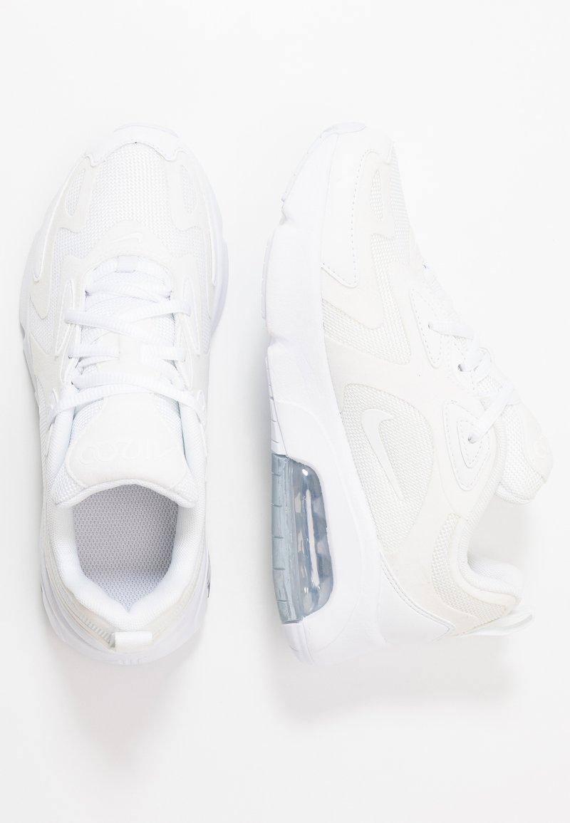 Nike Sportswear - AIR MAX 200 - Sneakers basse - white/metallic silver