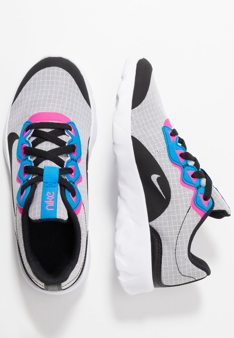 Nike Sportswear - EXPLORE STRADA - Tenisky - white/black/photo blue/hyper pink