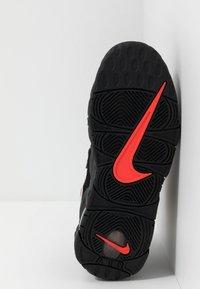Nike Sportswear - UPTEMPO - Vysoké tenisky - black/white/laser crimson - 4