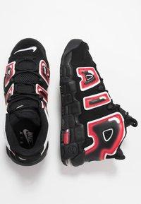 Nike Sportswear - UPTEMPO - Vysoké tenisky - black/white/laser crimson - 1