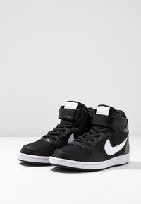 Nike Sportswear - COURT BOROUGH MID - Vysoké tenisky - black/white - 3