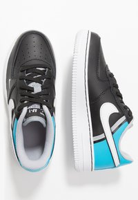 Nike Sportswear - FORCE 1 LV8  - Baskets basses - black/white/light current blue/wolf grey - 0